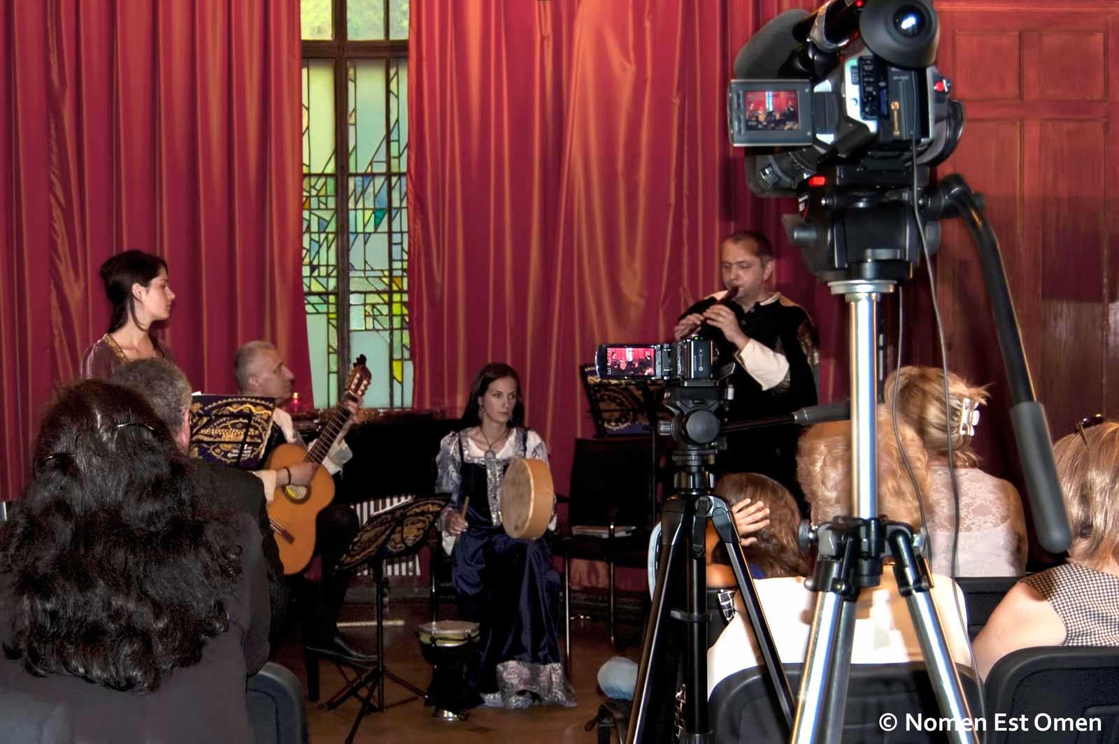 Filmari concerte Nomen Est Omen