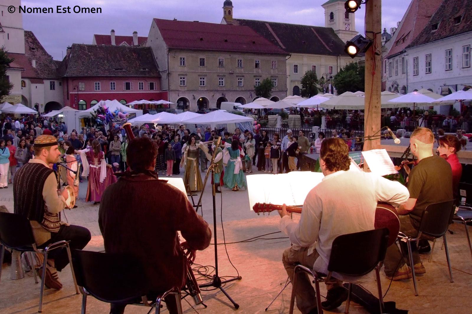 Nomen Est Omen - concert în Piata Mica din Sibiu Cetati Transilvane 2008