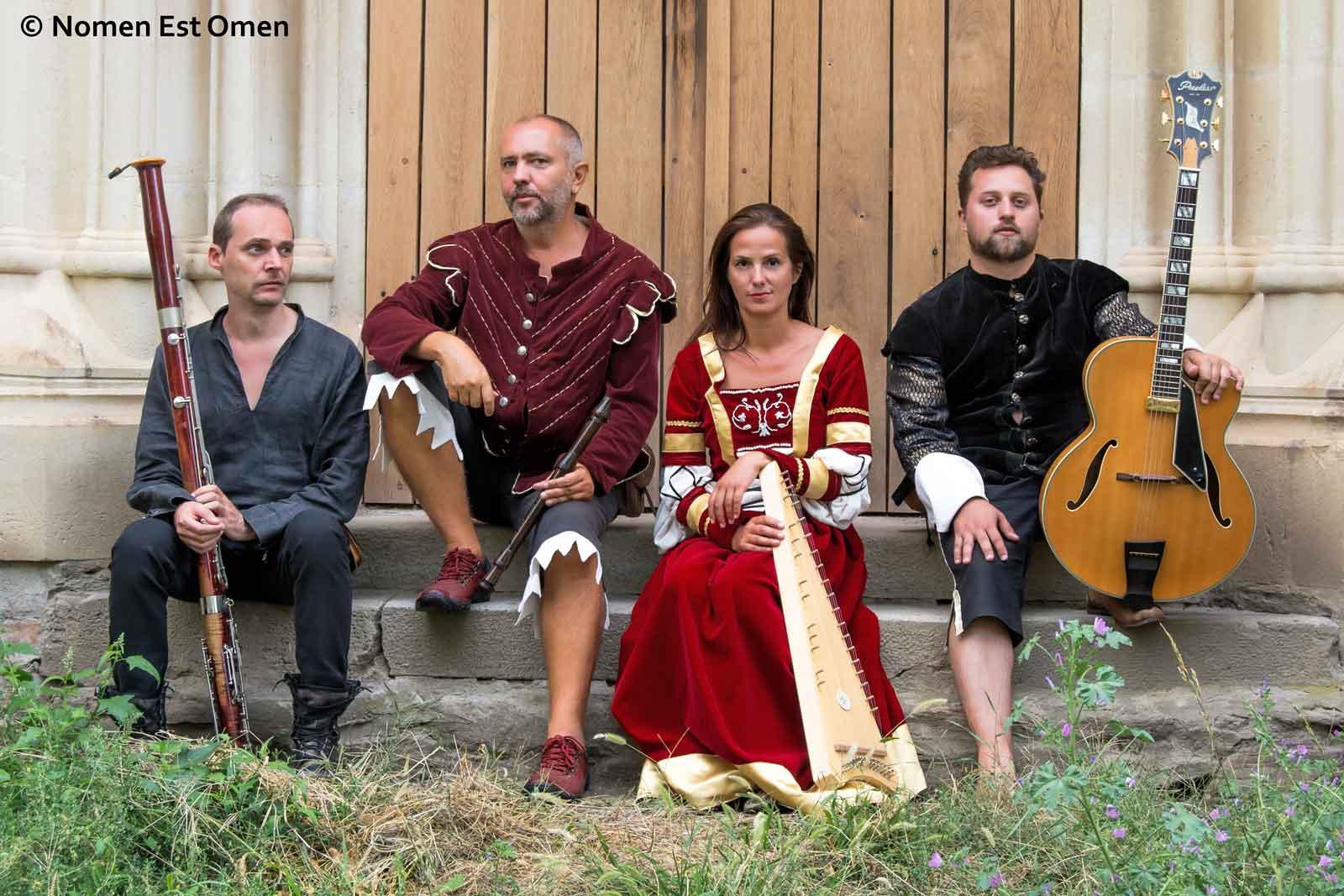 Cristian, Mihai, Anca, Valentin (foto: Gigi Murgu)