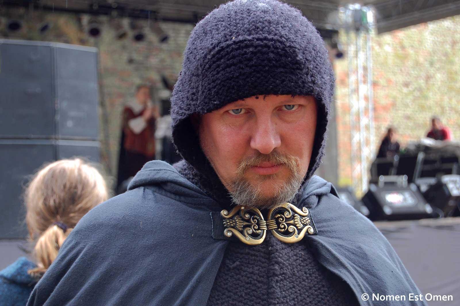 Paladinul de Terra Medies, Ioan cavaler