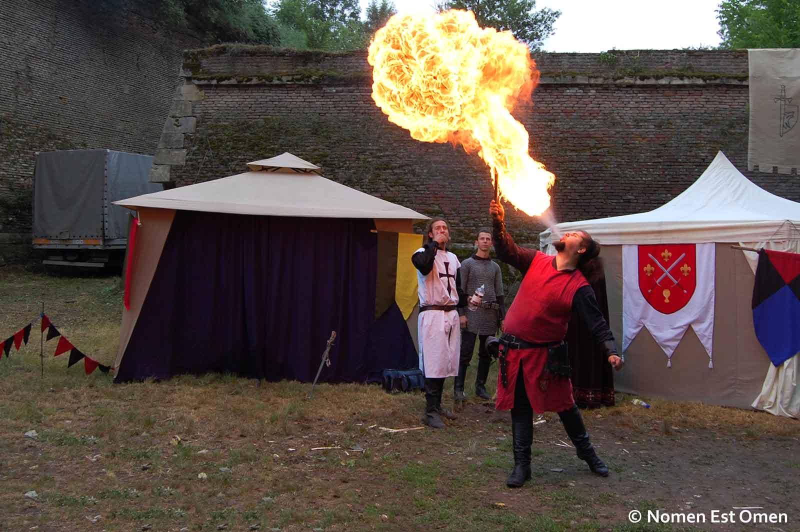 Spectacol cu foc