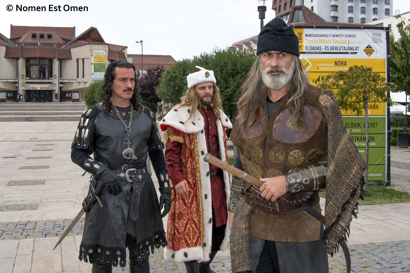Tepes, Mircea, Stefan - Lupii Albi